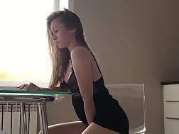 15 min - Classy girlie black dress