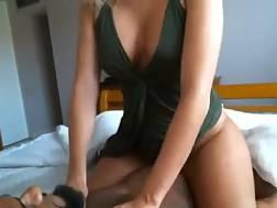 9 min - Thick butt milf superb