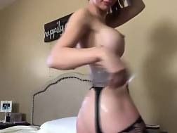 11 min - Nymph wanks orgasm