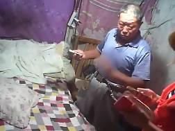 14 min - Older chinese buddy fuckin