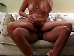 4 min - Fit wife riding blowing