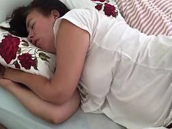6 min - Pregnant mature mamma bed