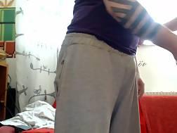 8 min - Cute gf knees blowing