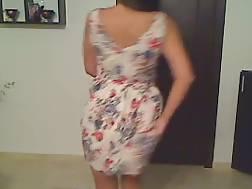 5 min - Exposing natural breasts dancing