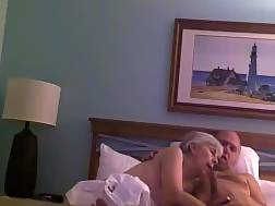 15 min - Old couple penetrate bed