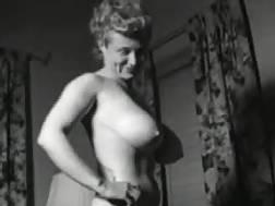 12 min - Vintage huge boobed wife