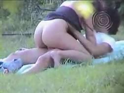 6 min - Voyeur couple fuckin park