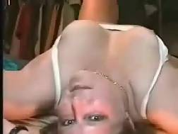 5 min - Talented wife suck prick