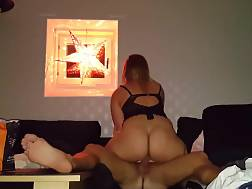 4 min - Big booty sexual blonde